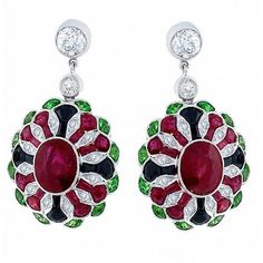 Preowned Antique Style Tsavorite Onyx Ruby Diamond Earrings (305.175 RUB) ❤ liked on Polyvore featuring jewelry, earrings, black, ruby earrings, antique earrings, onyx diamond earrings, ruby diamond earrings and earring jewelry