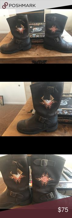 Harley Davidson Men's Boots NWT Harley Davidson Rare NWT Logger Conductor . Genuine Leather Dark Brown , amazing find . Never been worn . Design unique and one of a kind . Harley-Davidson Shoes
