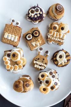 This Heart of Mine monster s'mores Halloween party treat