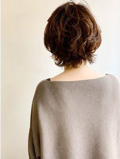 Short Wavy Haircuts, Haircuts For Long Hair With Layers, Messy Short Hair, Medium Short Hair, Haircut For Thick Hair, Long Layered Hair, Short Hair Cuts For Women, Messy Hairstyles, Medium Hair Styles