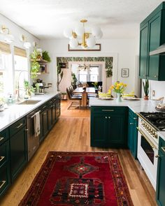Combine kitchen lighting such as pendant lighting, chandelier & wall mount lighting. Experts Say These 8 Kitchen Trends Will Be Everywhere in 2020 Boho Kitchen, Home Decor Kitchen, Home Kitchens, Design Kitchen, Kitchen Ideas, Bright Kitchens, Decorating Kitchen, Stylish Kitchen, Kitchen Tops