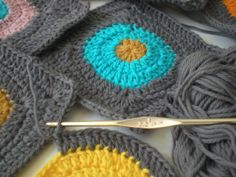 my world of wool: crochet, a horses and flowers