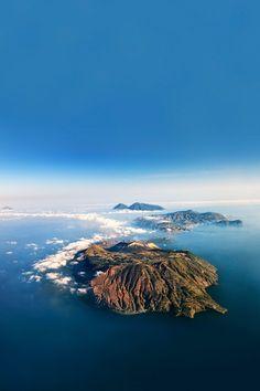 The Aeolian island o
