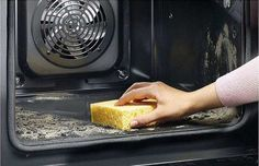 Как почистить духовку без химии