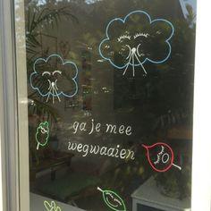 Chalkpaint windowdrawing by Krijtstifttekening Diy And Crafts, Crafts For Kids, Coffee Logo, Yoga For Kids, Indoor Activities, Chalkboard Art, Chalk Art, Etsy Seller, Doodles