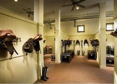 19 Tack Rooms That Are Nicer Than Your House « HORSE NATION