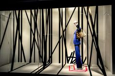 Holt Renfrew Toronto #windows #graphic #retail