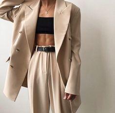 Best Spring Outfits Casual Part 22 Suit Fashion, Look Fashion, Fashion Outfits, Womens Fashion, Fashion Clothes, Latest Fashion, Style Clothes, Fashion Trends 2018, Paris Mode
