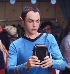 Google Image Result for http://images5.fanpop.com/image/photos/27900000/Sheldon-Cooper-as-Spock-hehe-xD-mr-spock-27911453-293-307.jpg