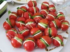 """The post """"Catering Tomatoes"""" appeared first on Pink Unicorn Kreatives Cute Food, Good Food, Yummy Food, Appetizers For Party, Appetizer Recipes, Catering, Healthy Snacks, Healthy Recipes, Food Garnishes"""