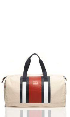 Tommy Hilfiger utazó táska Fashion Beauty, Mens Fashion, Men Bags, Duffle Bags, Big Canvas, My Man, Purses And Bags, Gym Bag, Men's Shoes