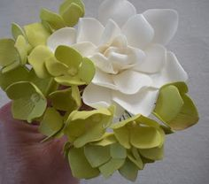 The Petalsweet Blog: HYDRANGEA TUTORIAL PART TWO by Petalsweet Cakes
