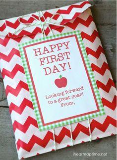 Teacher Gift - FREE printables and download via Bloom Designs via I Heart Naptime