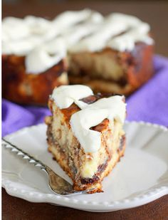Cinnamon Roll Cheesecake | TheBestDessertRecipes.com