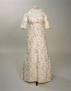 Dress (image 1) | England | 1795-1800 | cotton, linen | Manchester Art Gallery | Accession #: 1956.6