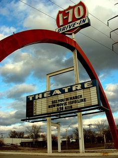 Raytown, MO - right down the street from my house. In the we could pull over on the highway, tune the radio, and watch movies for free. Drive In Movie Theater, Kansas City Missouri, Great Memories, Childhood Memories, Travel Oklahoma, Old Signs, New York Travel, South Dakota, Thailand Travel