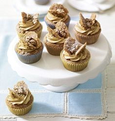 Coffee and walnut butterfly cakes - Mary Berry (baking recipes cupcakes mary berry) Cupcake Recipes, Baking Recipes, Cupcake Cakes, Dessert Recipes, Cupcake Frosting, Cup Cakes, Book Cakes, Cupcake Ideas, Drink Recipes