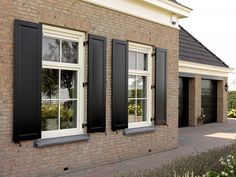 Exterior Decoration, Shutters, House Plans, Garage Doors, College, Houses, Windows, Garden, Outdoor Decor