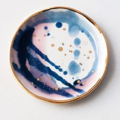 This is what a party on porcelain looks like. I had so much fun making these special edition ring dishes! Would you like to see these back in stock again? (Unrelated, voting for the seconds sale time ends today at noon EST. Jump back a few posts to weigh in before the voting ends.)