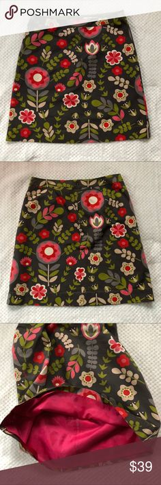 """Boden Gray Floral Cotton Skirt 12 Excellent preowned condition. 17"""" Waist 23"""" Length Boden Skirts A-Line or Full"""