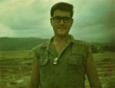 Virtual Vietnam Veterans Wall of Faces | DAVID L LIPSCOMB | MARINE CORPS