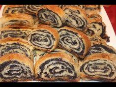 Štrudla s makom od gotovih kora - stvarukusa Bakery Recipes, Kitchen Recipes, Cookie Recipes, Dessert Recipes, Desserts, Albanian Recipes, Croatian Recipes, Hungarian Recipes, Poppy Seed Dessert