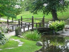 urrounded by a big, lush garden; but if all you have is just a small space to work with, you can still create a good feng shui garden design. Feng Shui Your Garden, Feng Shui Garden Design, Garden Deco, Lush Garden, Water Garden, Big Garden, Jardin Feng Shui, Jardin Luxuriant, Pond Waterfall