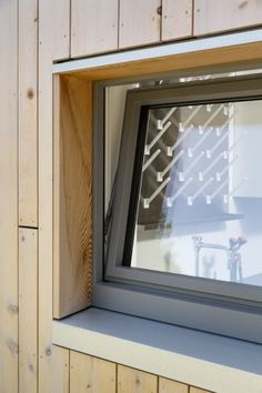 Warren Woods Ecological Field Station by GO Logic House Cladding, Timber Cladding, Pvc Windows, Windows And Doors, Window Reveal, Wooden Facade, Casas Containers, Window Detail, Passive House