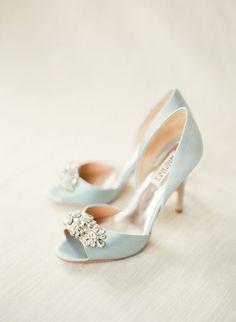 Badgley Mischka Tiffany Blue Wedding Shoes / http://www.himisspuff.com/pretty-wedding-shoes/3/