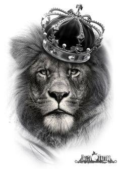 León con corona en la cabeza. Queda claro que él es el rey. #santcugat #deysitattoostudio #deysitattoo www.deysitattoo.com  citasdeysitattoo@gmail.com tlf: 639 327 919   #ideatattoo #ideastatuajes #leon  #corona