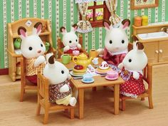 Sylvanian Families, Calico Critters Families, Making Sweets, Chocolate Rabbit, Rabbit Baby, Family Set, Hopscotch, Disney Food, Young Boys