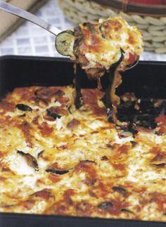 Sült zöldséges muszaka Hawaiian Pizza, Feta, Cauliflower, Vegetables, Cauliflowers, Vegetable Recipes, Cucumber, Veggies