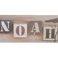 Cadeau de naissance personnalisé - prénom sur support bois