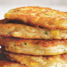 Learn how to make corn fritters the easy way with Donna Hay! This nutritious and delicious breakfast is the perfect way to start your day. Change flour to GF Vegetable Dishes, Vegetable Recipes, Vegetarian Recipes, Cooking Recipes, Vegetable Slice, Veg Dishes, Spinach Recipes, Great Recipes, Favorite Recipes