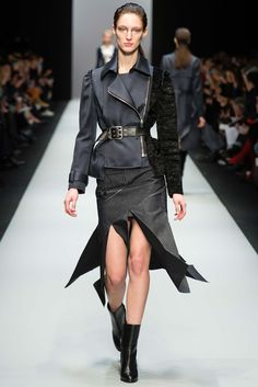 Guy Laroche Fall 2015 Ready-to-Wear - Collection - Gallery - Style.com