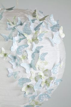 DIY: Butterfly lampshade
