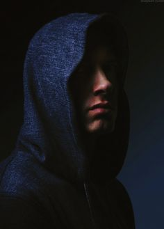 Listen to every Eminem track @ Iomoio