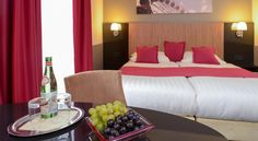 Hotel Munich City München This hotel is located near the Oktoberfest Beer Festival grounds and a 10-minute walk from Munich Main Station. The non-smoking Hotel Munich City offers free WiFi, a garden terrace and a spa area.