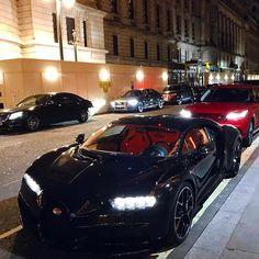 Bugatti & Range Rover #CarLifeStyle
