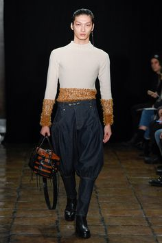 sweater!!  Linder Fall 2017 Ready-to-Wear Collection Photos - Vogue