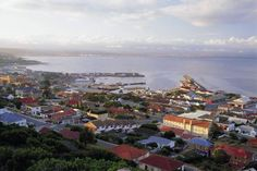 Mossel Bay in all her beauty. Historical town on the Garden Route - Western Cape - South Africa. Sa Tourism, Provinces Of South Africa, Port Elizabeth, West Africa, Countries Of The World, Continents, Travel Guide, Paris Skyline, Cape