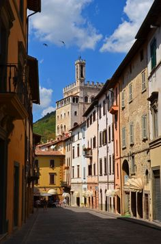 Gubbio, Umbria, Italy. Our tips for 25 places to visit in Italy: http://www.europealacarte.co.uk/blog/2012/01/12/what-to-do-in-italy/
