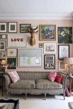 Design Crush: Rita Konig - Harlowe James Living Room Chairs, Apartment Living, Home And Living, Villa Boheme, Best Interior, Interior Design, London House, Le Far West, Pink Walls