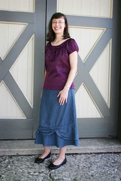 Long modest rouched woman's skirt. Need to sew myself one soon. They are popular!