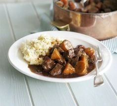 Beef & stout stew with carrots
