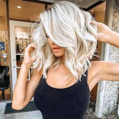 We provide straight, wave, curly, find perfect wigs for yourself. Modern wigs style at good price. How to choose wigs, how to care for wigs? Wig Hairstyles, Straight Hairstyles, Black Hairstyles, Summer Hairstyles, Popular Hairstyles, Everyday Hairstyles, Platinum Blonde Hairstyles, Short Platinum Blonde Hair, Ethnic Hairstyles
