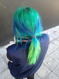 Blue and Green Hair Neon Hair, Pastel Hair, Ponytail Hairstyles, Pretty Hairstyles, Updo Hairstyle, Prom Hairstyles, Hairstyle Ideas, Blue Green Hair, Locks