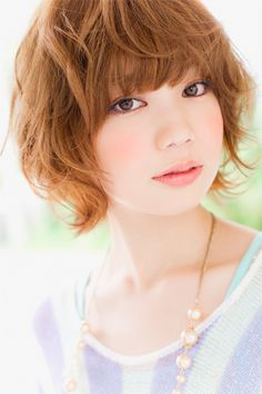 LADYSショート [モデル:鈴木 華穂/スタイリスト:NOMU] | ヘアスタイル・髪型 | 美容室 リップス