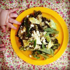 gorgeously green quinoa salad w' zesty pesto dressing