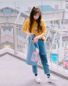 16 Ideas Fashion Girl Swag Casual For 2019 Korean Girl Fashion, Ulzzang Fashion, Ulzzang Girl, Kpop Fashion Outfits, Korean Outfits, 80s Fashion, Fashion Nova Plus Size, Selfies, Asian Street Style
